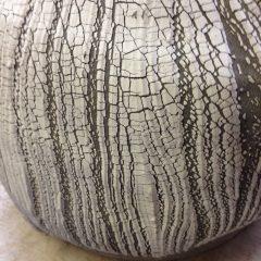 Porcelaine craquelée sur grès